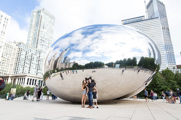 Downtown Chicago Illinois Family Couples Photography Summer Session Children Photography The Bean